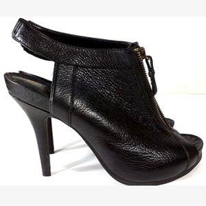 Juicy Couture women's shoes size 9.5 M